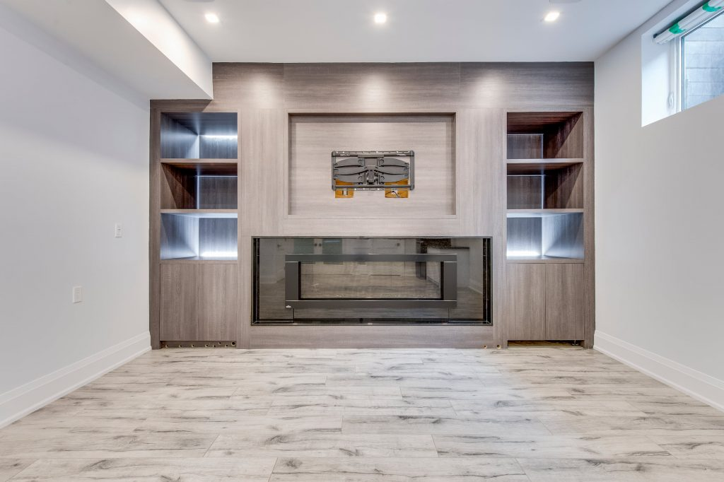 Amazing Family Room Remodeling in The Basement